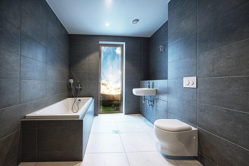 Oztop-Batroom-Interior-With-ceramic-tiles